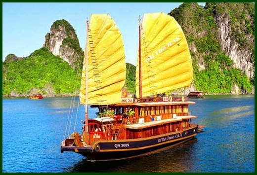 Halong Bay tour - Bai Tho junk cruise