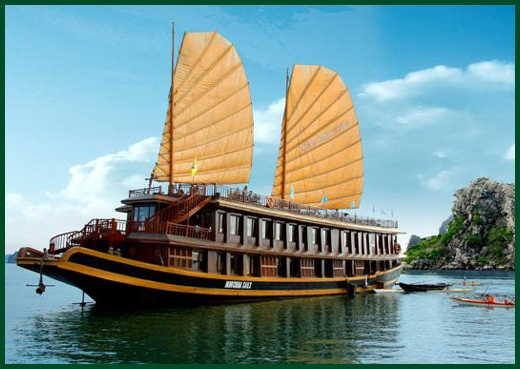 Halong Bay tour - Indochina Sails junk cruise 2 days 1 night