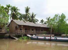 homestay on the Mekong river